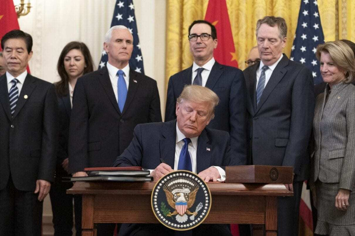 Trump Signs Phase One Trade Deal
