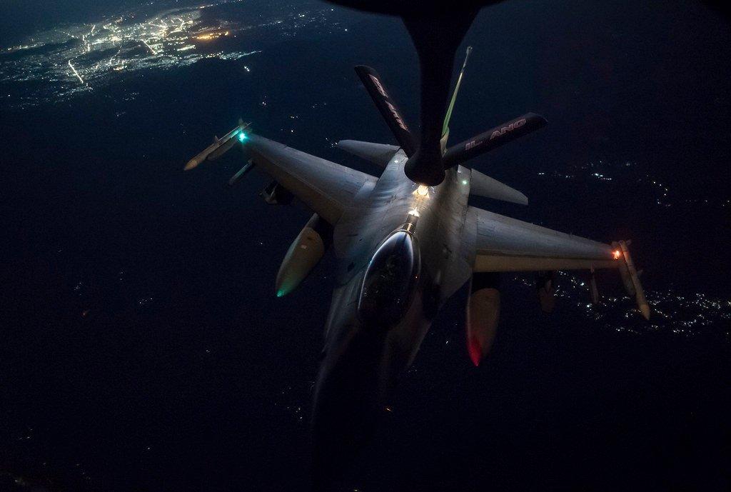 F-16 in the Sky