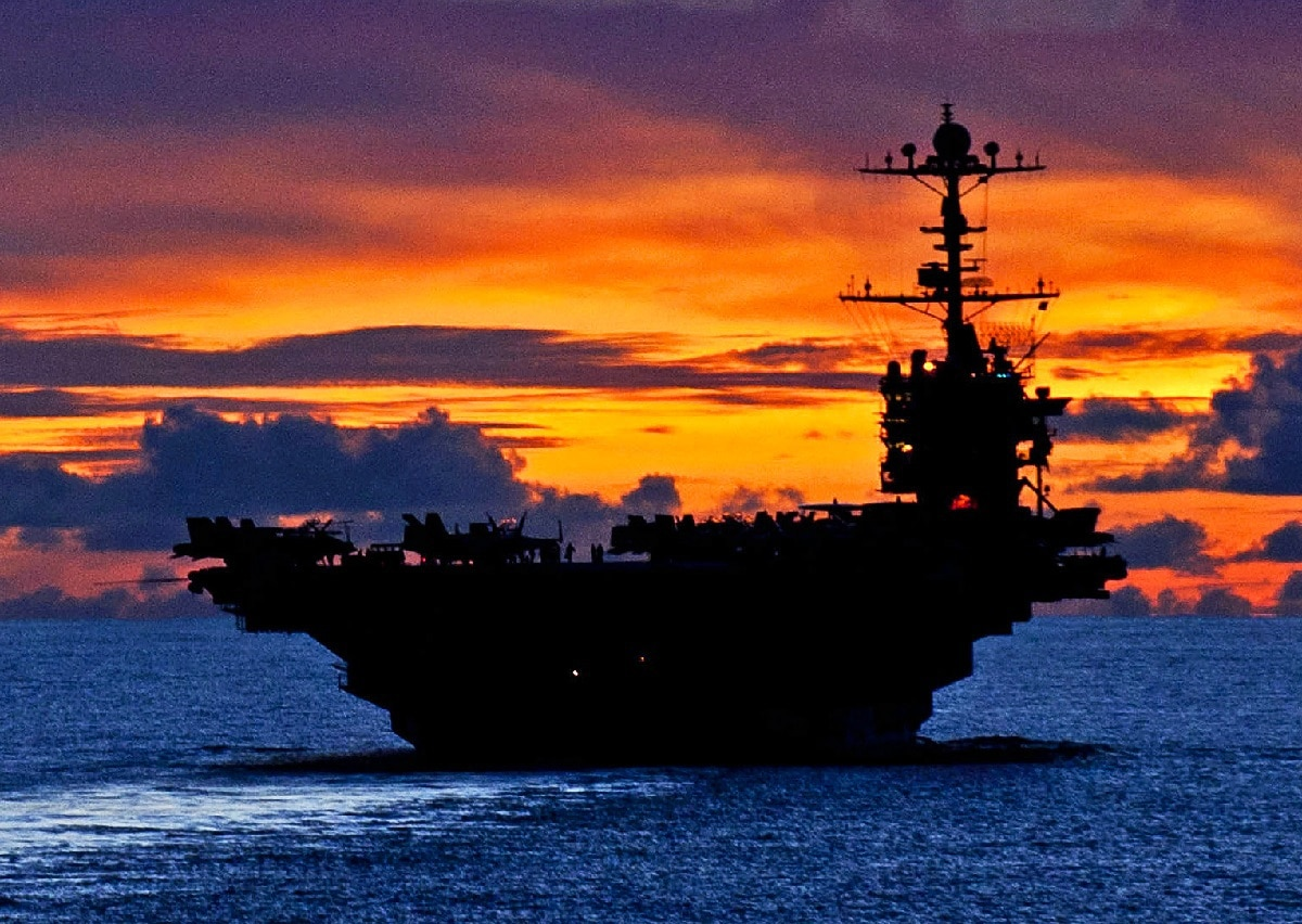 Flying Aircraft Carrier