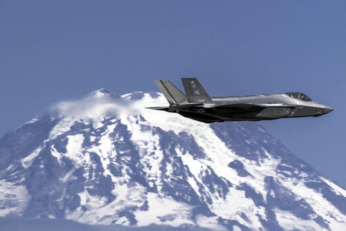 F-35 Snow Melting