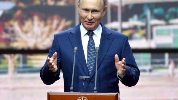 U.S.-Russia Cyberwarfare