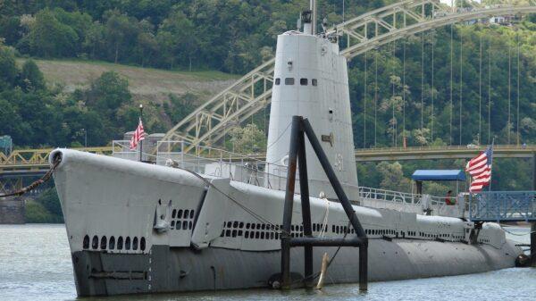 Tench-class Submarine