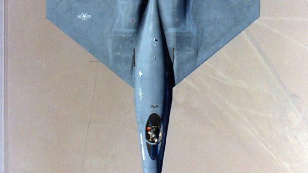 YF-23 vs. F-22